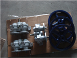 Gear Box With Wheel